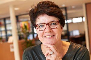 Yvonne Smits